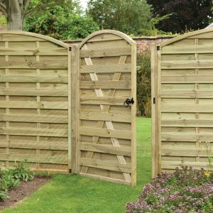 Forest Duston Curved Gate 1.8m x 1m