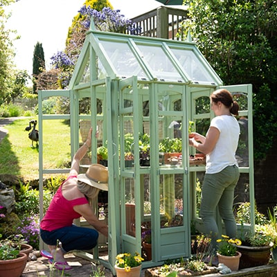 Your Guide to Buying a Greenhouse