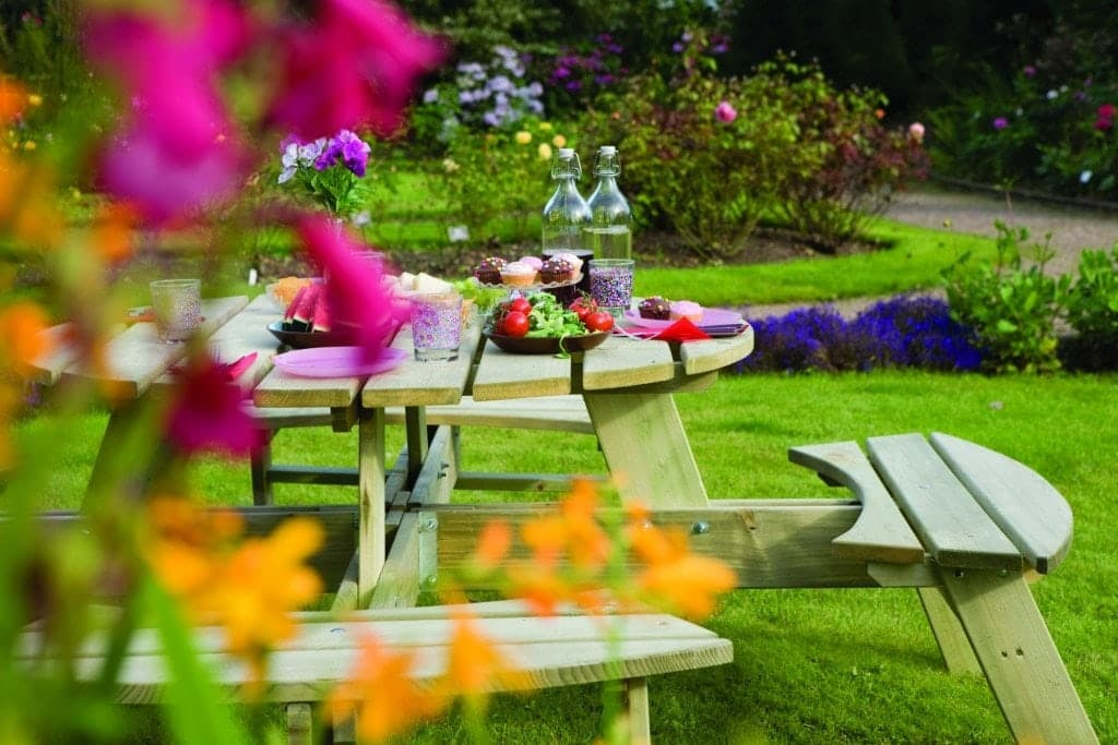 Make the most of your garden in summer